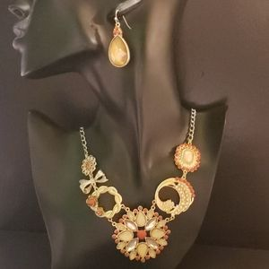 New York &Co. Fashion Statement Necklace